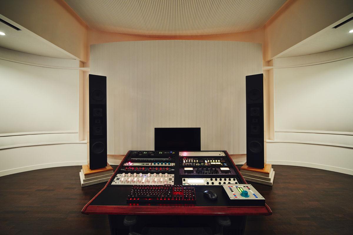2. Dunlavy Speakers mounted on 500 lb. limestone blocks flank the Boiler Room's custom mastering desk