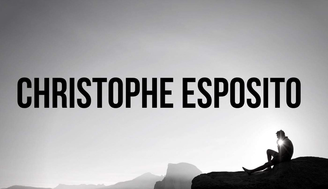 "Christophe Esposito présente son nouveau single "" Move The Crowd"" Ft INA."