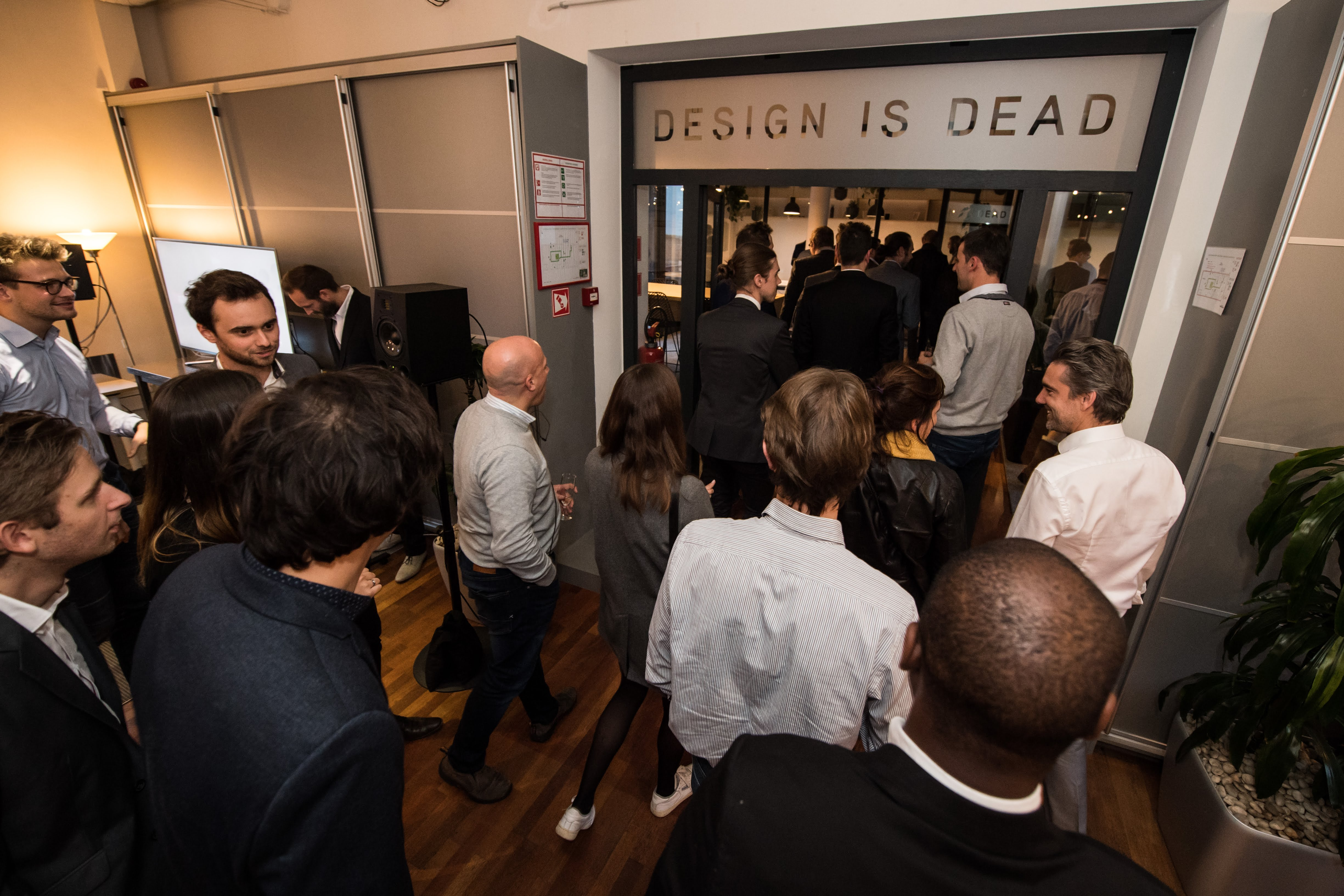The Guests discover the new Design is Dead Office (Photo: Ritchie Sedeyn)