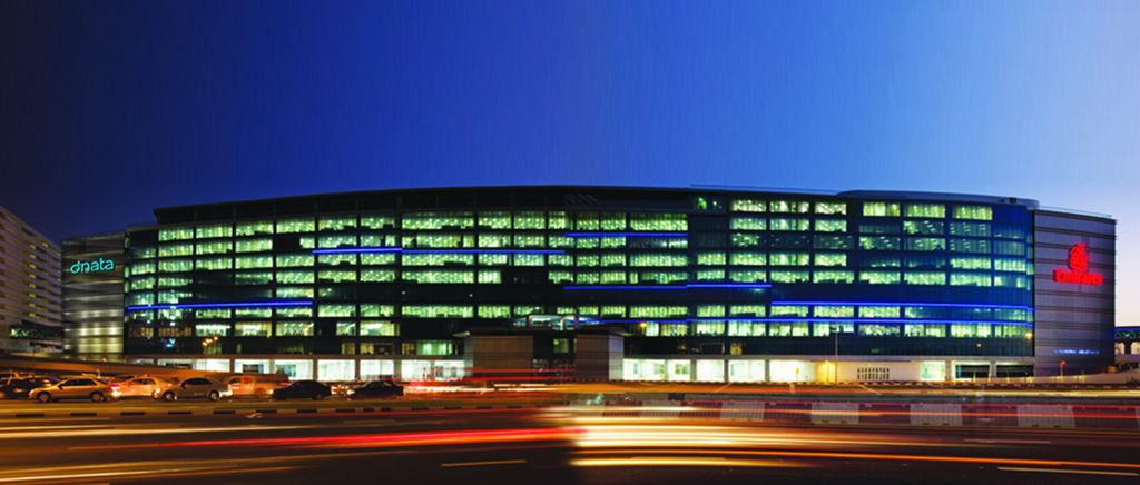 مبنى المقر الرئيس لمجموعة الإمارات في دبي.