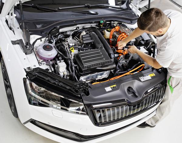 Preview: ŠKODA lance la production en série de la SUPERB iV à l'usine de Kvasiny