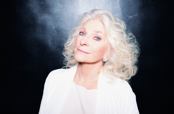 Preview: JUDY COLLINS — Sings 'River' from Winter Stories + 'The Blizzard' taster + UK Tour