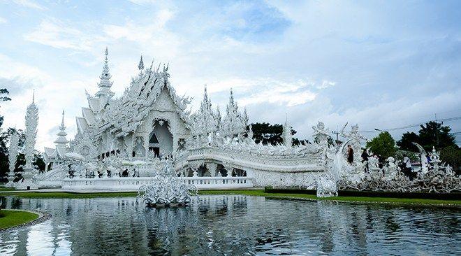 Chiang-Rai_Wat-Rong-Khun-1