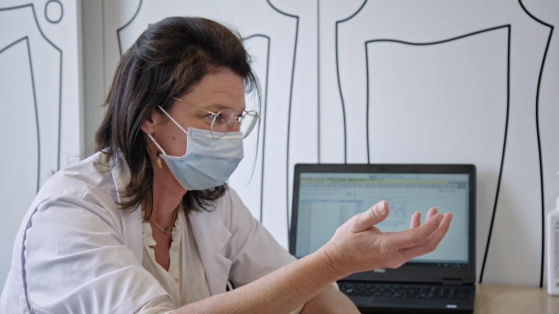 Prof. Haerynck voert na vijf jaar afwachten levensreddende beenmergtransplantatie uit bij 11-jarig meisje