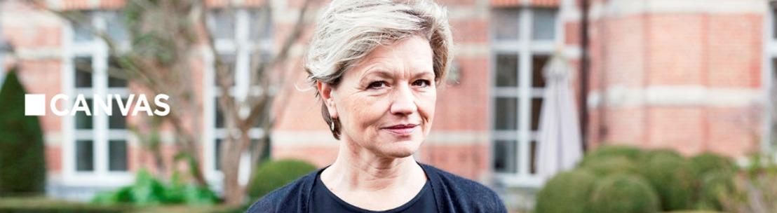 Thomas Vanderveken praat met Anne Chapelle, de machtigste zakenvrouw in de Belgische modewereld
