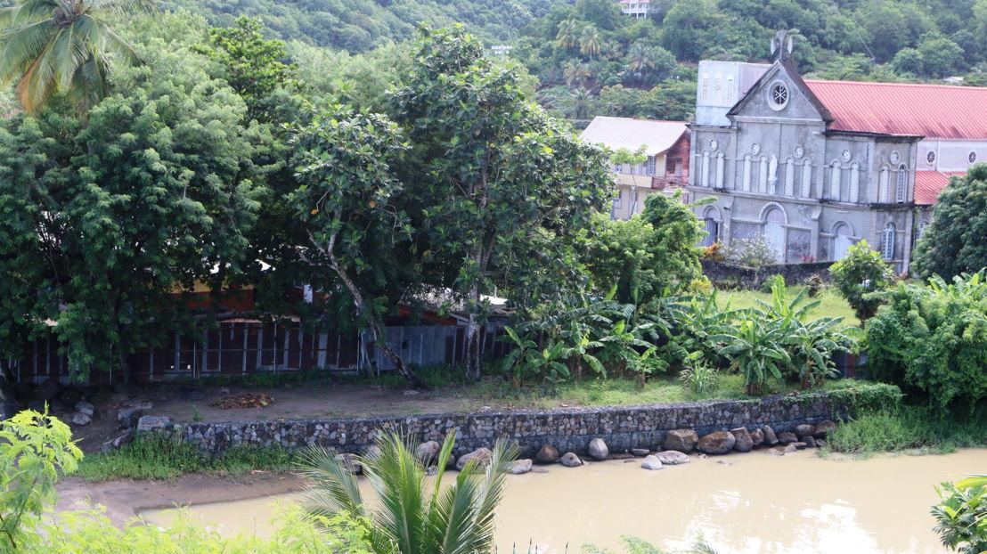 River bank stabilisation wall, Anse La Raye.