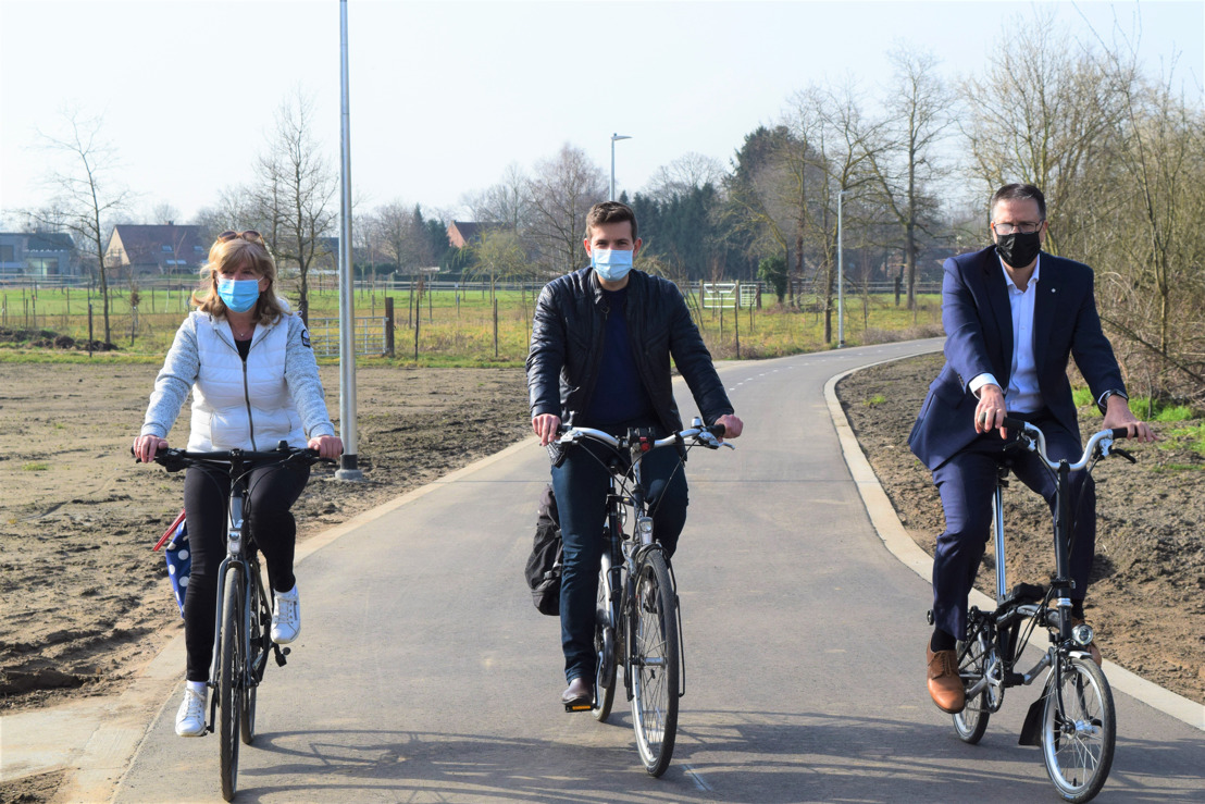 Eerste nieuwe stuk fietssnelweg in Rotselaar klaar voor gebruik