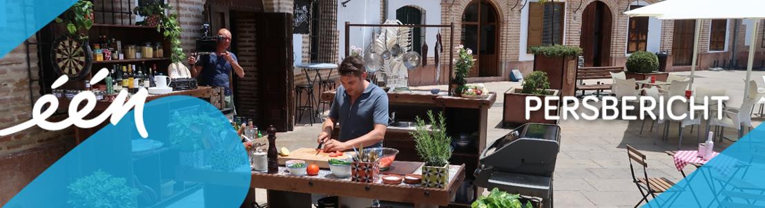 Dagelijkse zomerkost zoekt de Spaanse zon op met playas, churros en fascinerende reisverhalen