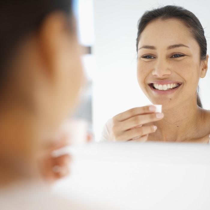 Mit LISTERINE® die richtige Mundspülung finden