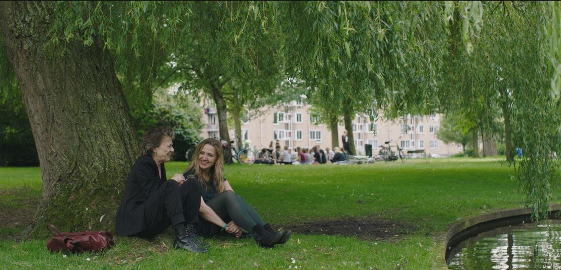Connie Palmen en Alicja Gescinska - (c) Kris Van de Voorde