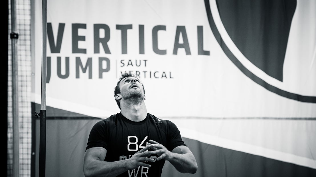 Daniel Peterman participe au test du saut vertical lors du camp d'évaluation 2018 de la LCF, présenté par adidas. Photo : Johany Jutras/LCF.ca