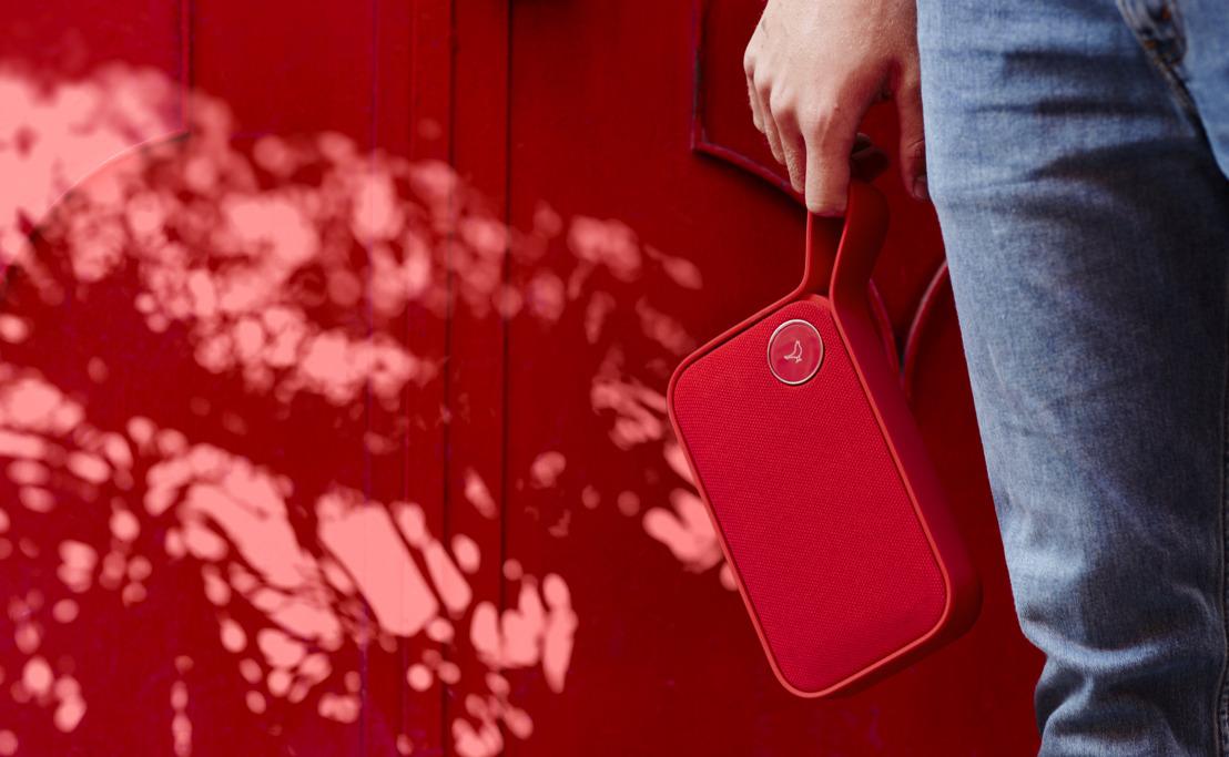 Libratone lanceert een nieuwe rode versie van zijn beroemde Bluetooth speakers ONE CLICK en ONE STYLE