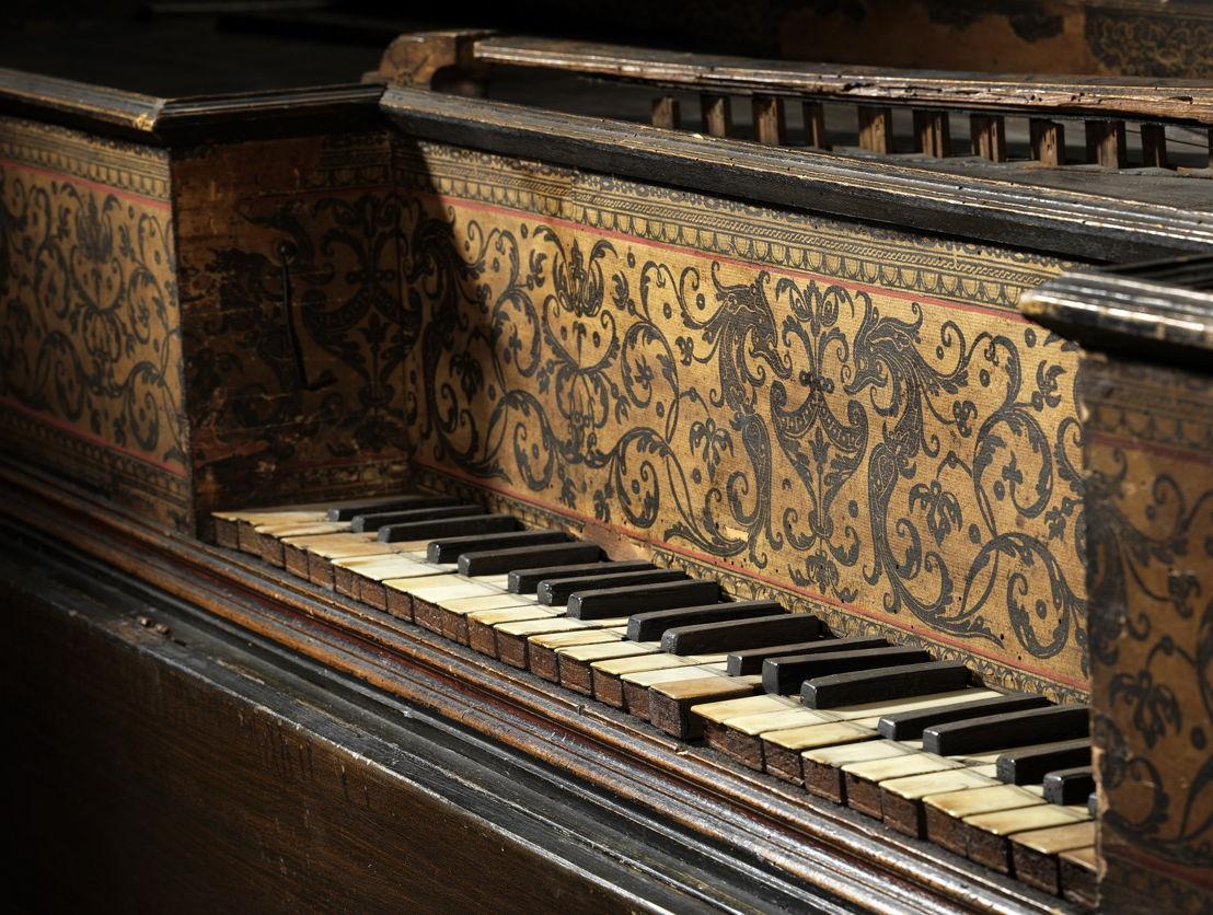 Klavier van het virginaal (muselaar) van Joannes Ruckers, 1611