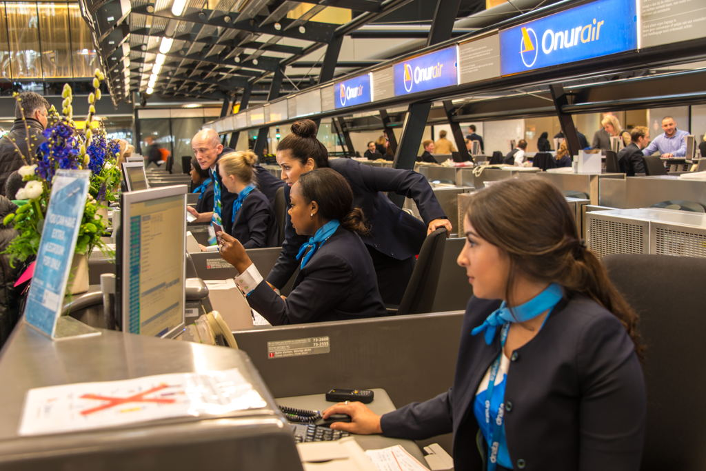 dnata Amsterdam launches passenger services