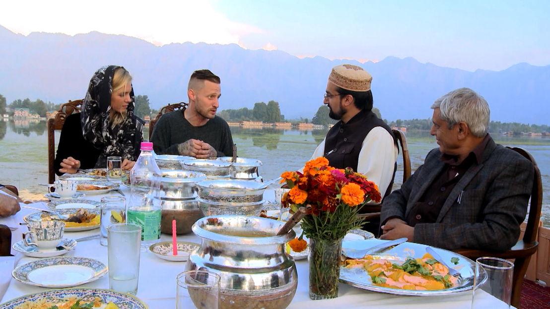 Vranckx - Alles op tafel: Kashmir - Marina van Zeller en Michael Voltaggio - (c) The Travel Channel