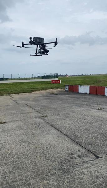 Preview: Brussels Airport et skeyes testent des drones pour effaroucher les oiseaux durant les opérations habituelles