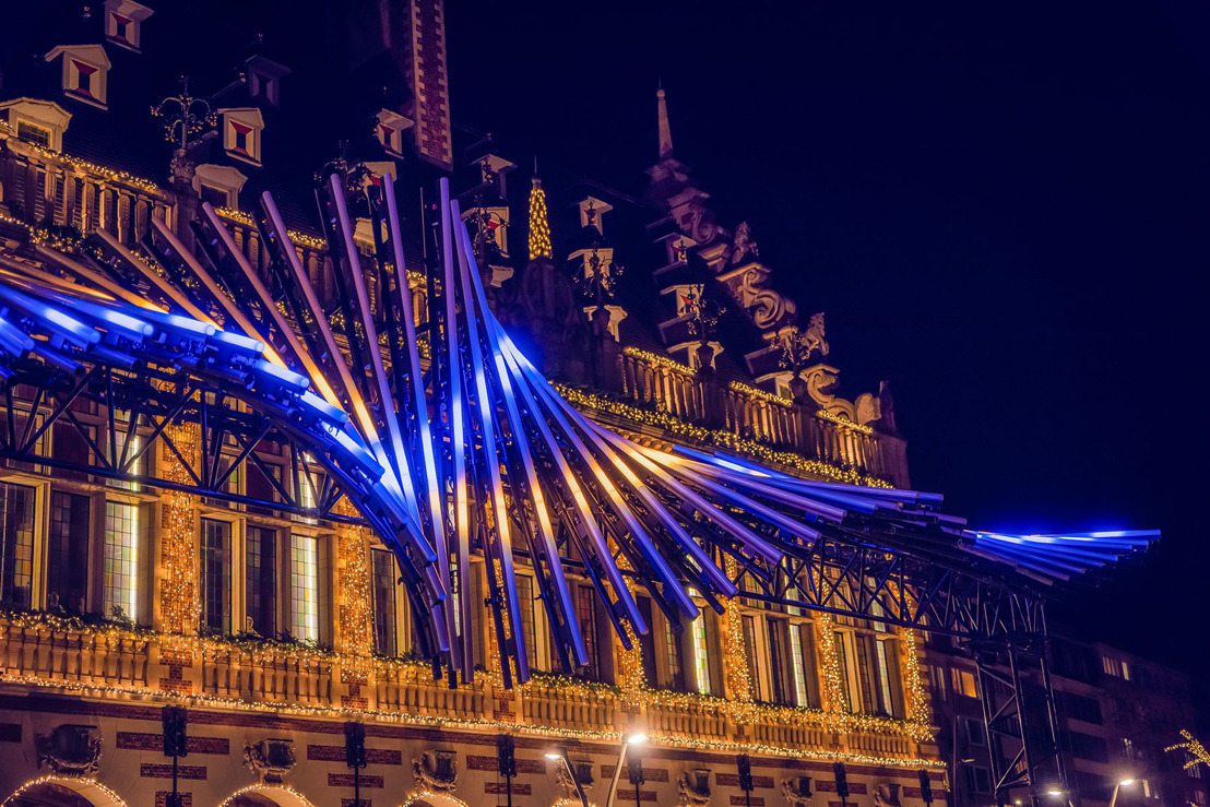 Painting with Light catches magical soundwaves with Beats of Leuven light art installation