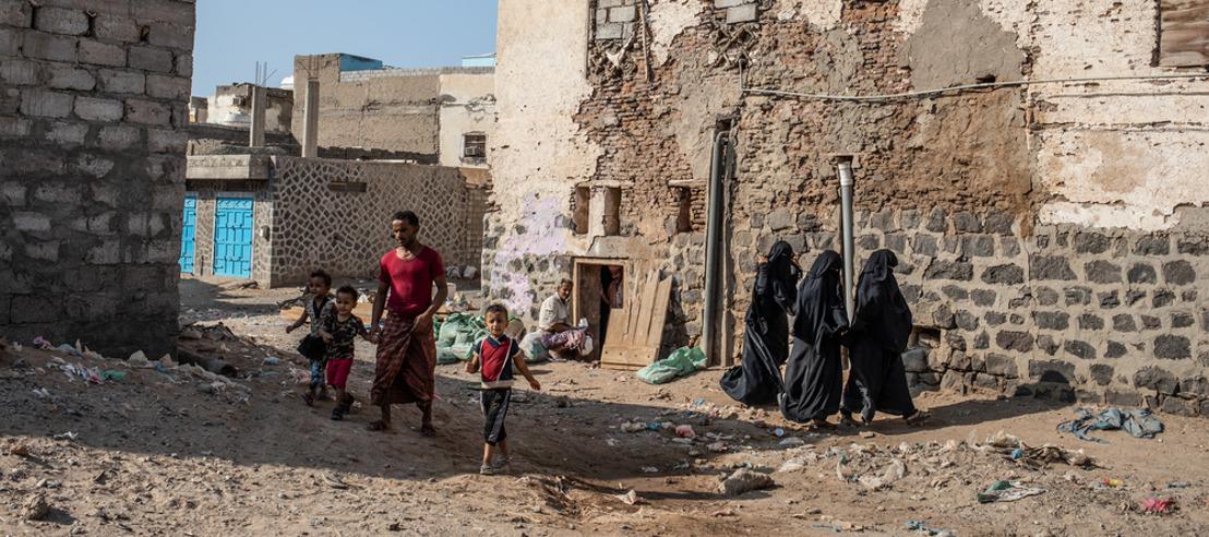 Los principales Gobiernos donantes de fondos para Yemen son también los que alimentan la crisis humanitaria provocada por el conflicto