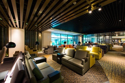 New dnata lounge at Changi Airport Terminal 1 offers passengers a taste of Singapore
