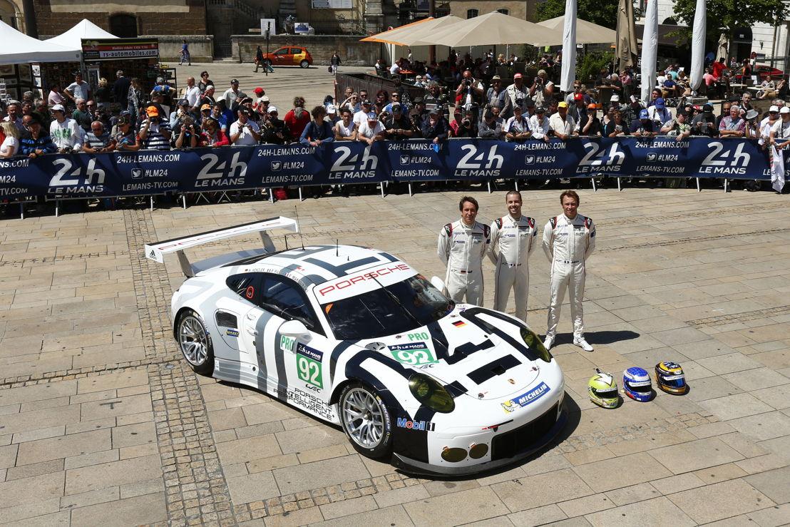 Porsche 911 RSR (92), Porsche Team Manthey: (l-r) Wolf Henzler, Frederic Makowiecki, Patrick Pilet