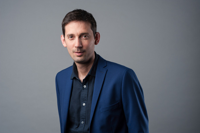 Brecht Decaestecker wordt de nieuwe hoofdredacteur van Het Laatste Nieuws