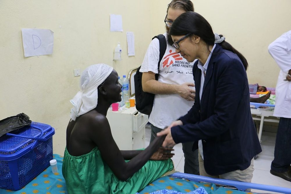 Dr. Joanne Liu, MSF international president, visited Gambella, Ethiopia, 11-13 March 2018. She met patients in Gambella General Hospital, in the regional capital, supported by MSF. This South Sudanese mother was referred from the Kule refugee camp. Photographer: Nicolas Guiral/MSF