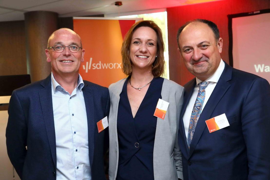 Fabrice Pollet (Eggo), Virginie Bertrumé (SD Worx) et Willy Borsus (Ministre-Président Wallonie)