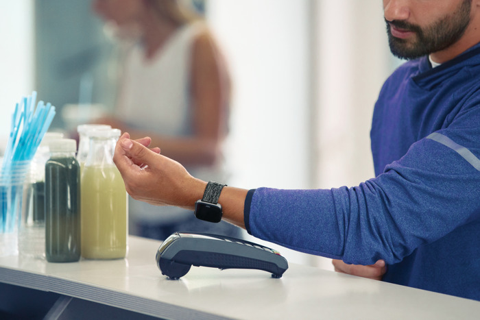 Contactless payments with Fitbit