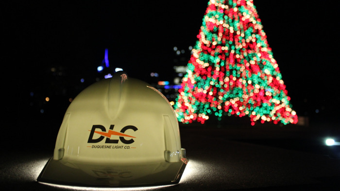 "Preview: Duquesne Light Company Lights Iconic ""Tree of Lights"" for Final Time"