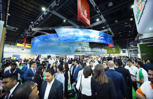 Emirates welcomes over 14,000 visitors at Arabian Travel Market 2019