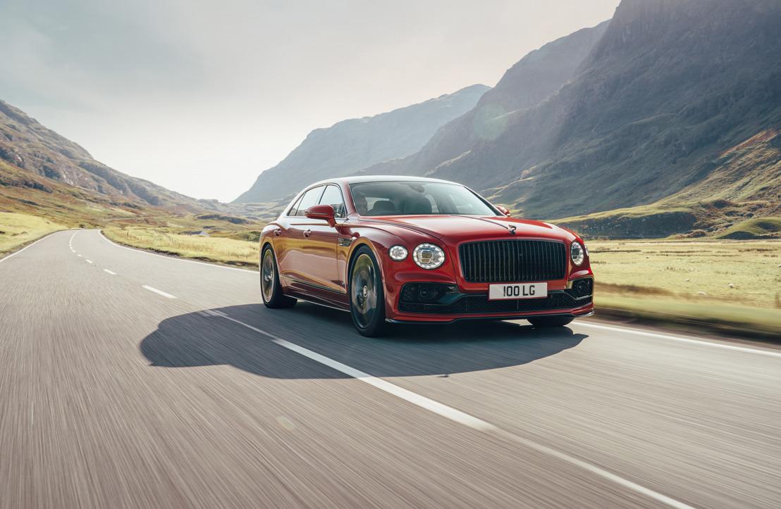 De Bentley Flying Spur V8 neemt een hoge vlucht