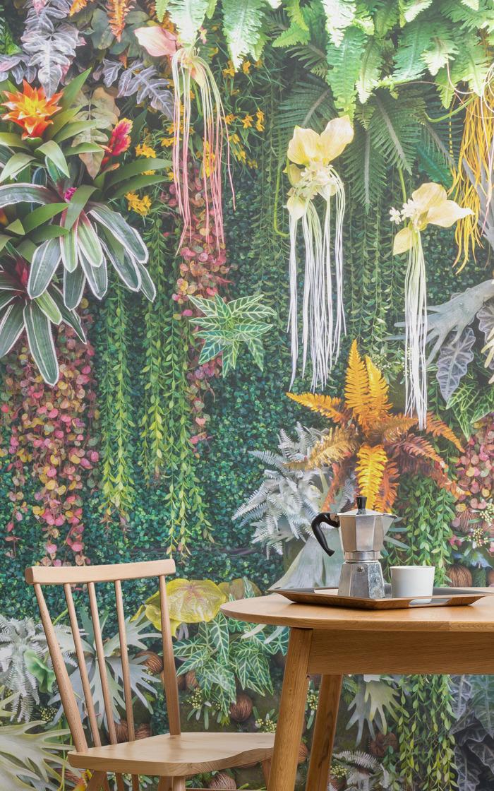 Living Walls: Vertical Garden Murals That Blend The Outdoors In