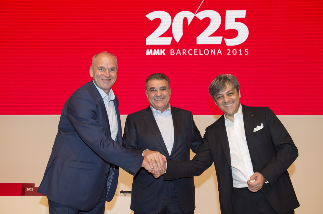 Jürgen Stackmann, outgoing SEAT Executive Committee Chairman; Dr. Francisco Javier García Sanz, Board of Directors Chairman; and Luca de Meo, new Executive Committee Chairman.