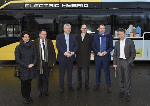 Le Groupe TEC inaugure 11 premiers bus hybrides
