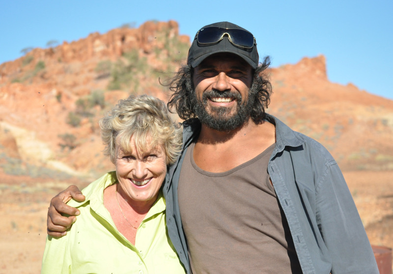 Back Roads - Heather Ewart with actor Aaron Pedersen in Middleton