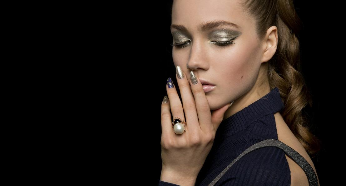 Ouvrez vos cadeaux de Noël avec style : ProNails vous présente sa collection de fin d'année pour des ongles luxueux, jusqu'au bout de la nuit!