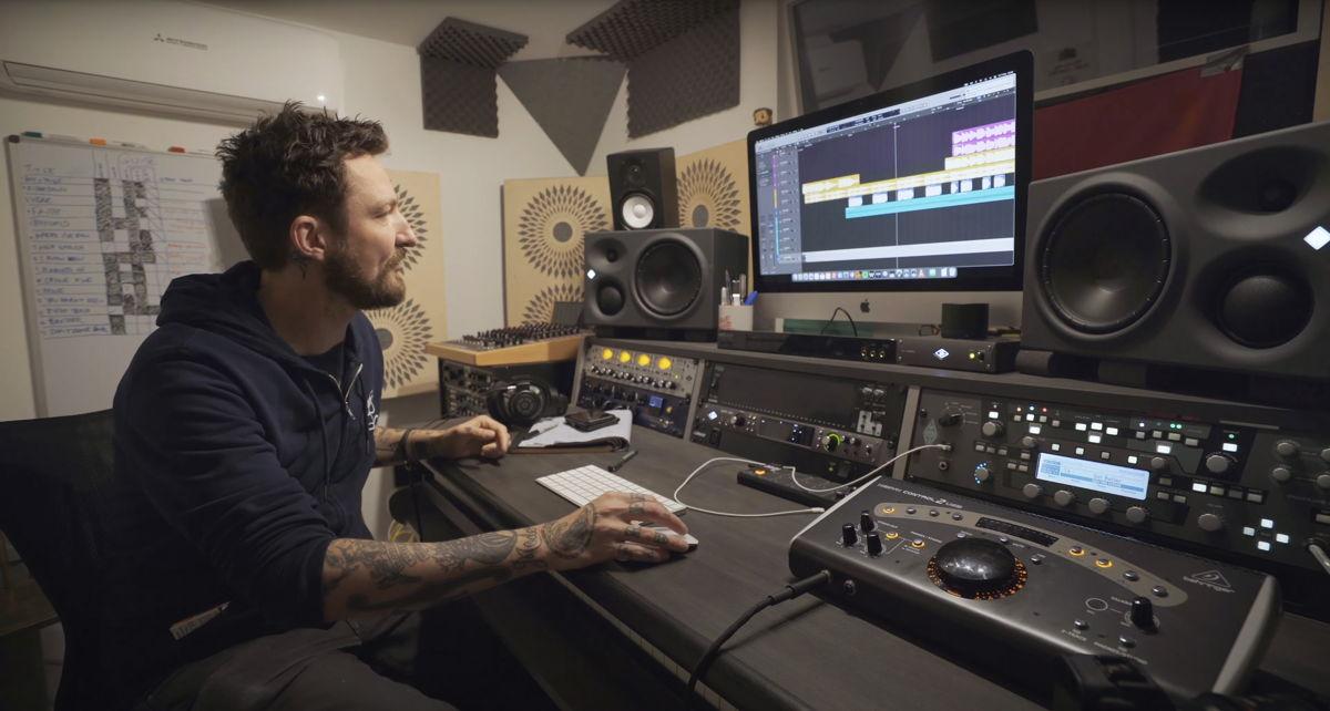 Frank Turner in his studio