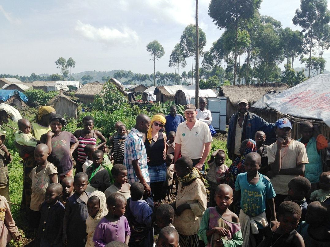 Sofie Peeters en Hicham Daoudi in Oost-Congo