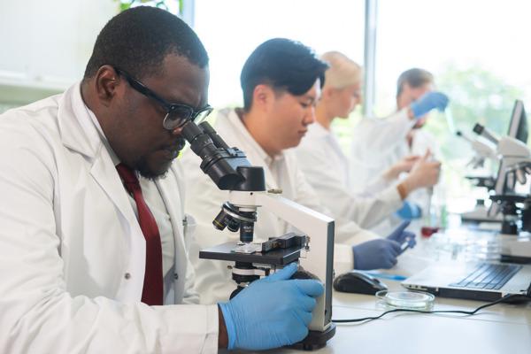 Preview: VUB-onderzoek vergelijkt voor het eerst kijk van Vlaamse en Chinese onderzoekers op wetenschapsfraude