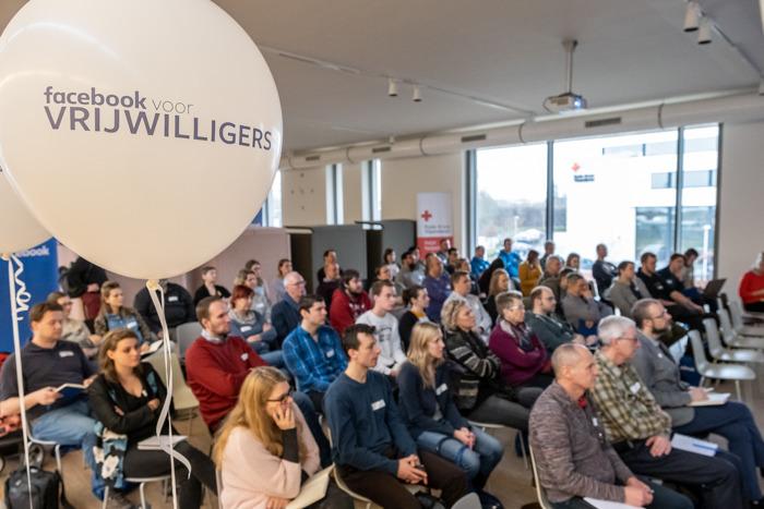 Facebook helpt Rode Kruis-Vlaanderen vers bloed zoeken