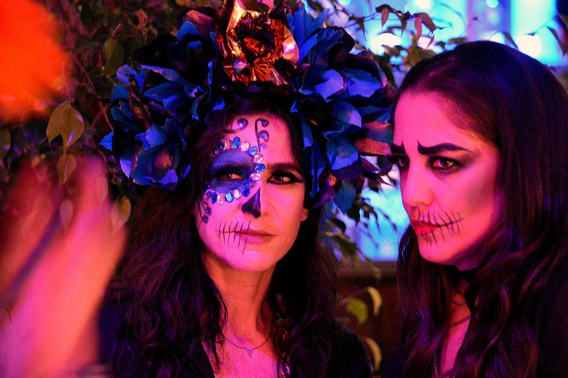 Mishele Wells y Bertha González Nieves
