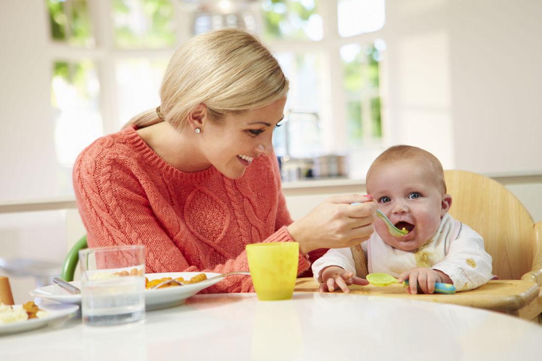 Mamma e bambino_alimentazione