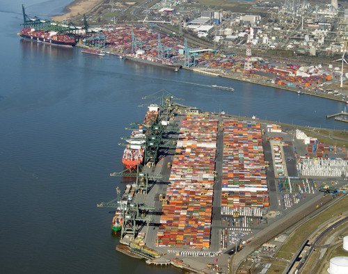 Port of Antwerp aims for more efficient road transport with night-time opening hours on Right bank of Scheldt