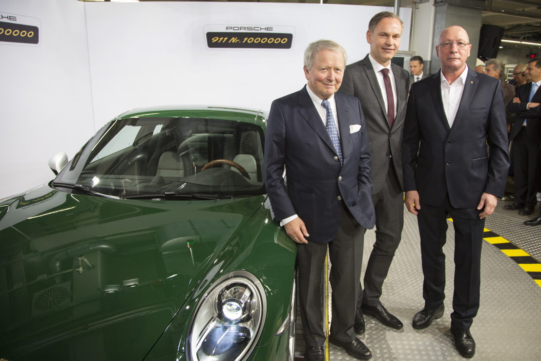 Dr. Wolfgang Porsche, Chairman of the Supervisory Board Porsche AG, Oliver Blume, Chairman of the Executive Board Porsche AG and Uwe Hück, Chairman of the Group Works Council Porsche AG (left to right)