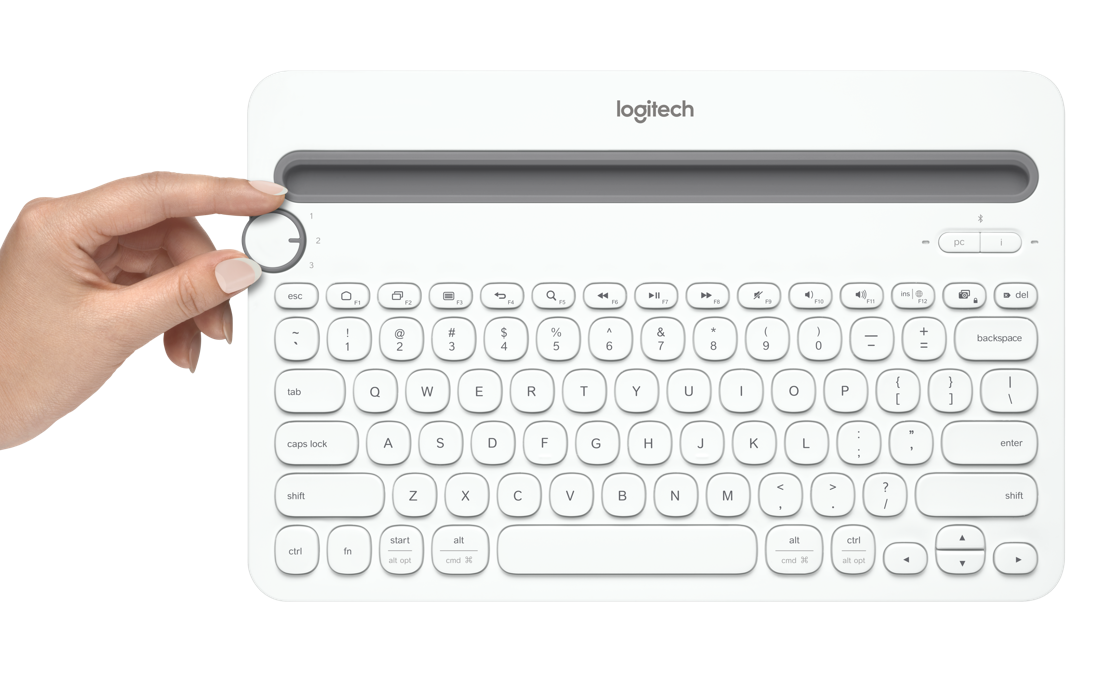Lo que tu mamá necesita es un teclado para controlar a todos (los dispositivos) y Logitech® puede ayudar