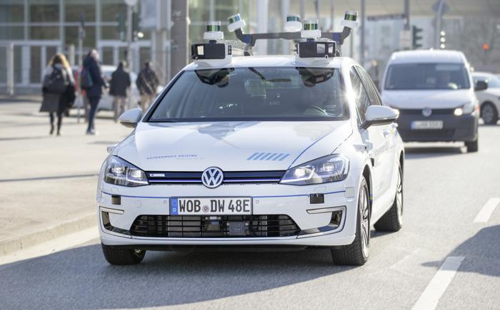 Volkswagen teste la conduite entièrement automatisée à Hambourg