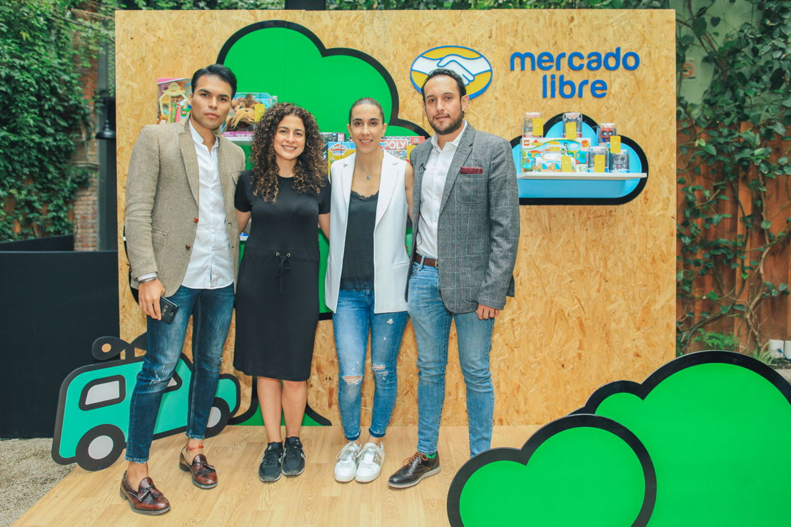 Juan Alonso Martínez, Xóchitl González, Patricia Delgadillo y Alonso Cedeño