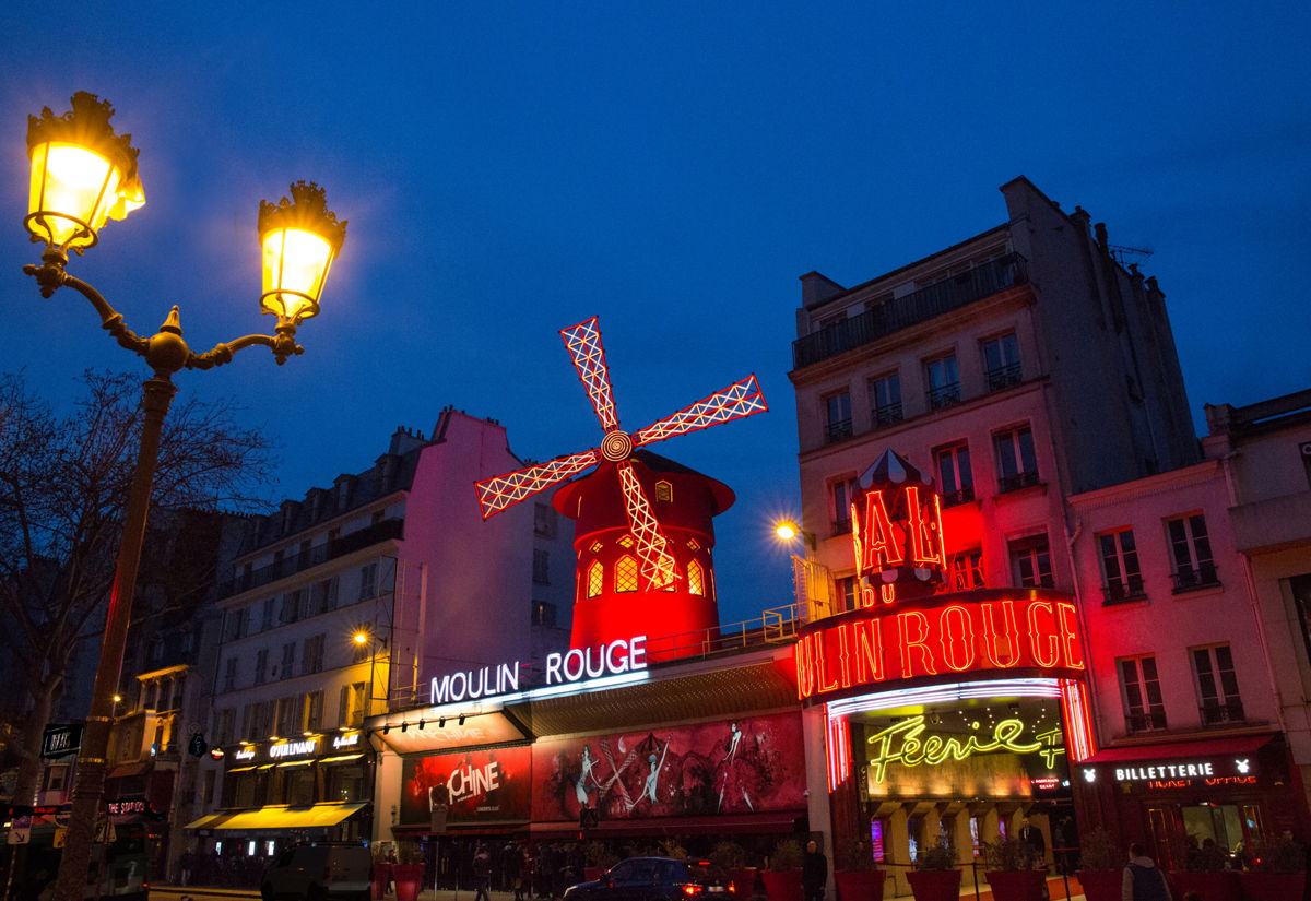 The famous front of the Moulin Rouge  Photo credit: © Moulin Rouge – 