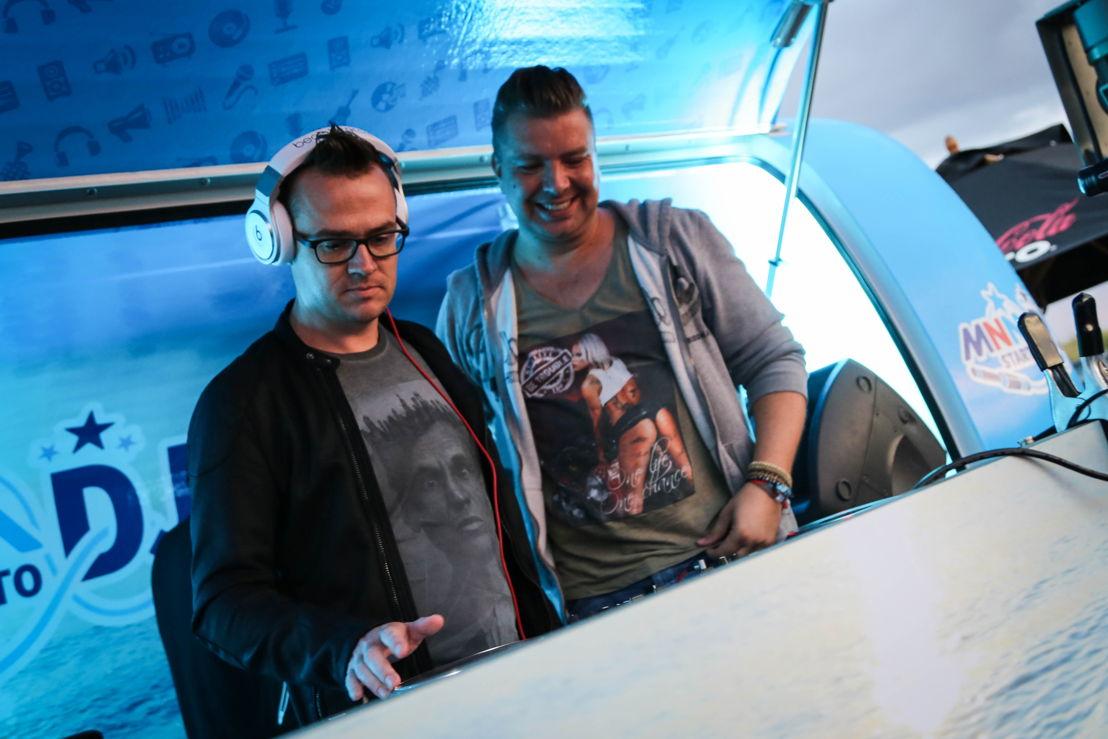 Nick Nuyens en dj Wout (c) VRT/MNM