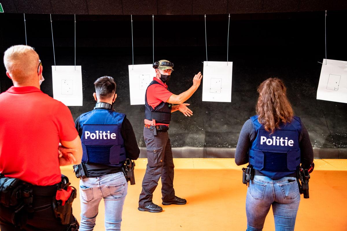 Dankzij de nieuwe schietstand kan de politie-opleiding